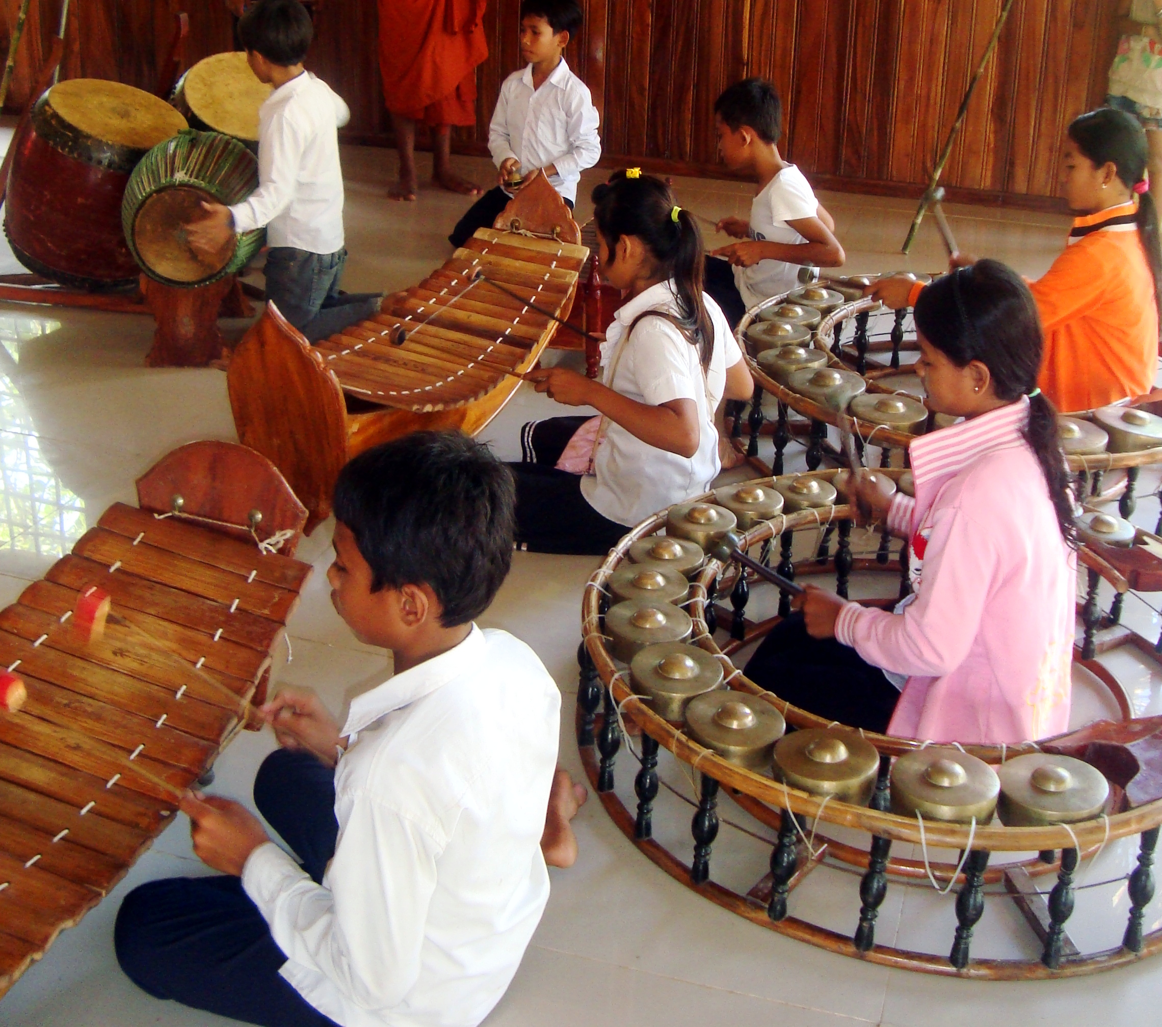 Cambodia: Folk and Ceremonial Music - Various Artists ...